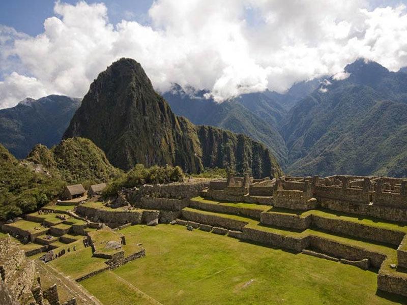 Cusco Clásico HuaynaPicchu 4 días 3 noches